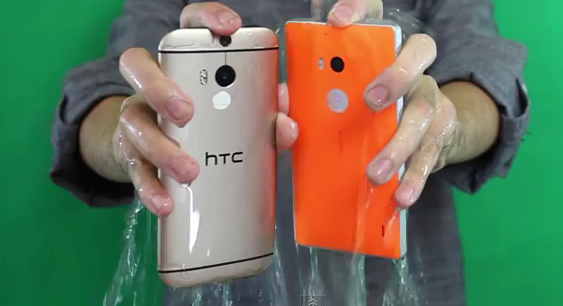 Nokia Lumia 930 и HTC One (M8): Ice Bucket Challenge