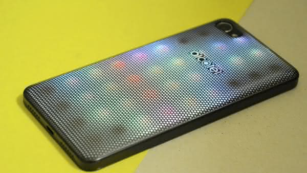 Обзор Alcatel A5 LED